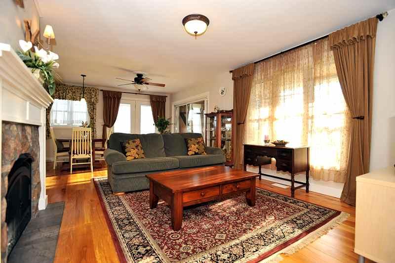 Propane Fireplace, stone, Hemlock Floors, Slate Entry