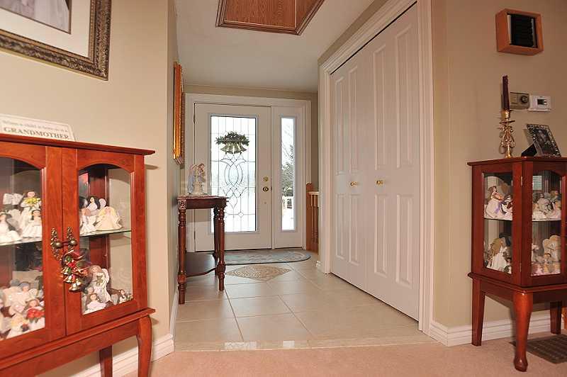 Foyer, Ceramic Floors, New