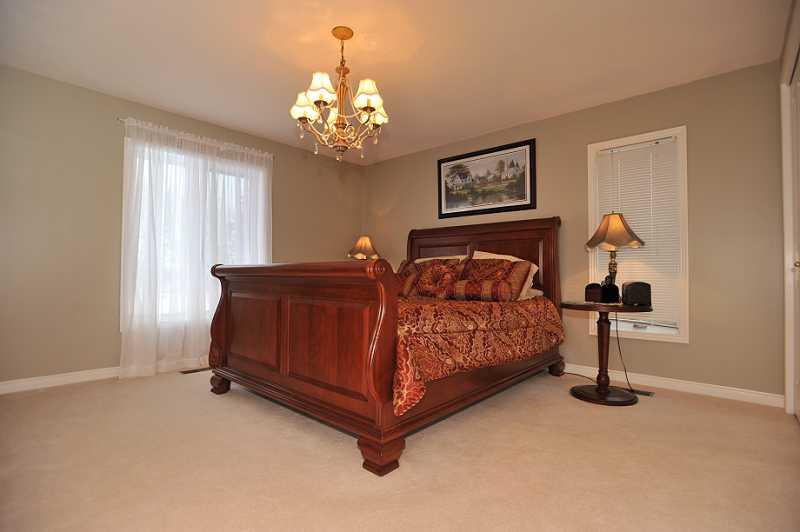 Master Bedroom, Broadloom, Ensuite Bathroom