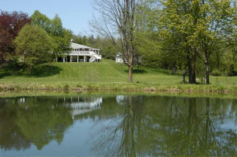 5.95 acres, 3+1 Bedroom, Bungalow, spacious