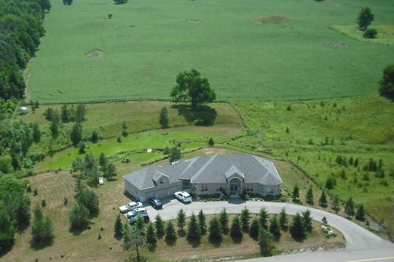 Caledon Custom Bungalow, Walkout Basement on 2+ Acres with Stream