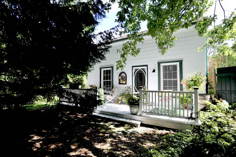 Cheltenham For Sale, Mary Klein,  Unique Post & Beam with Barn Half Acre in Town