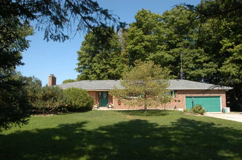 Caledon, Home for sale, 3 Bedroom, barn, workshop, 2.7 Acres
