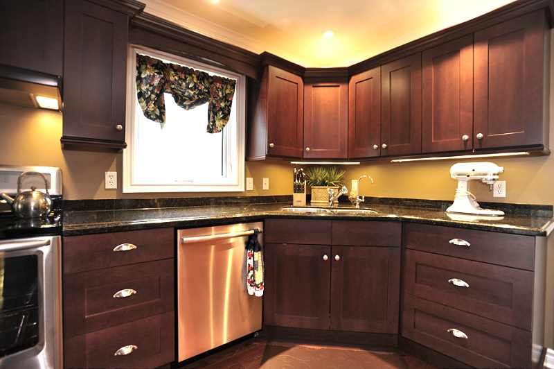 Laundry Room is conveniently located beside the Kitchen