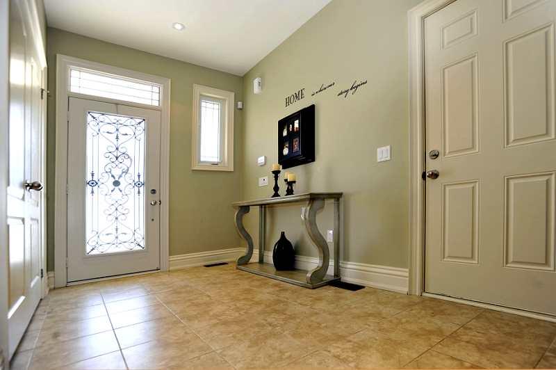 ceramic floors, double door closet, foyer