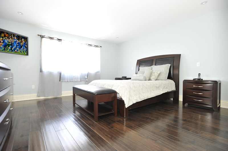 Master Bedroom, hardwood floors, 5-piece ensuite
