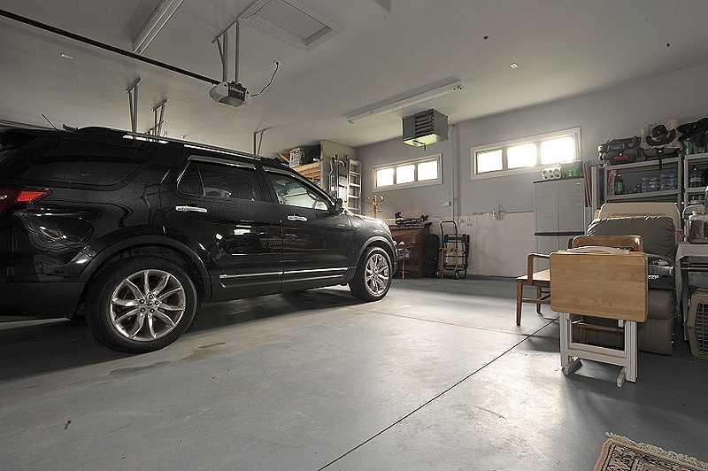 insulated heated 4 car garage
