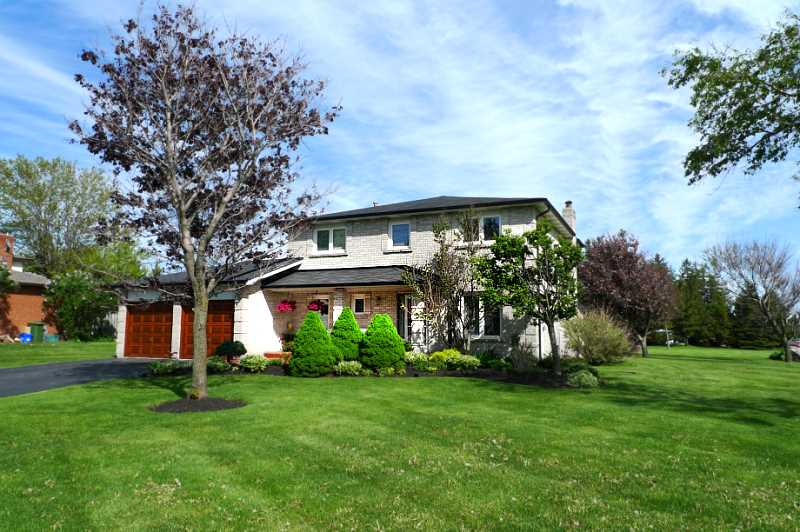 home for sale, caledon village, 4 bedroom, realtor mary klein