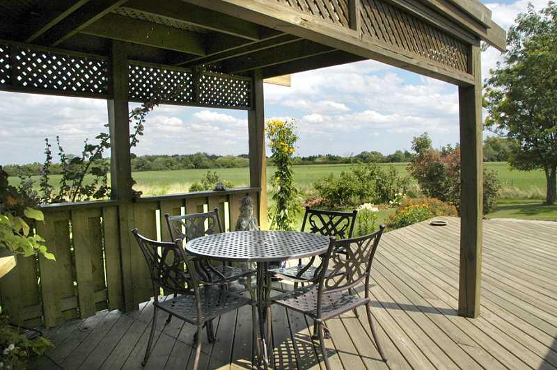 country views, gazebo, decking