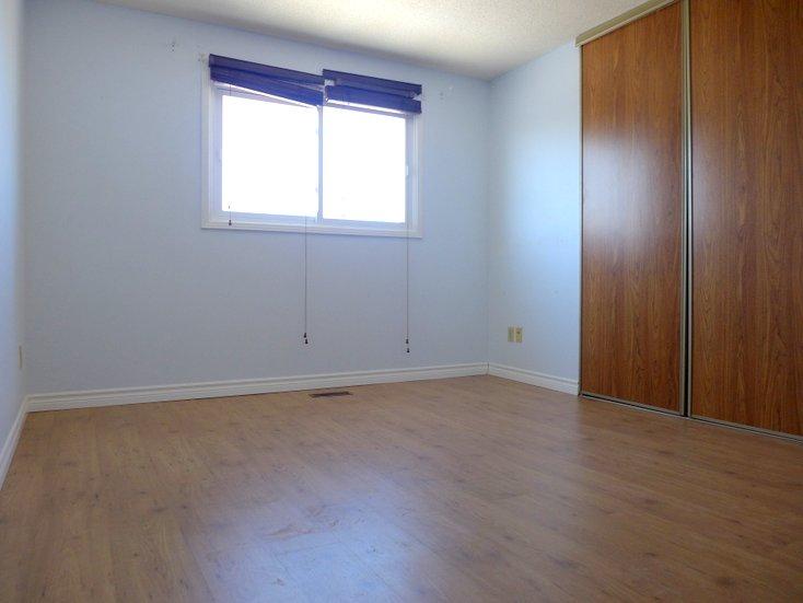 Laminate Flooring, Master, Large Closet