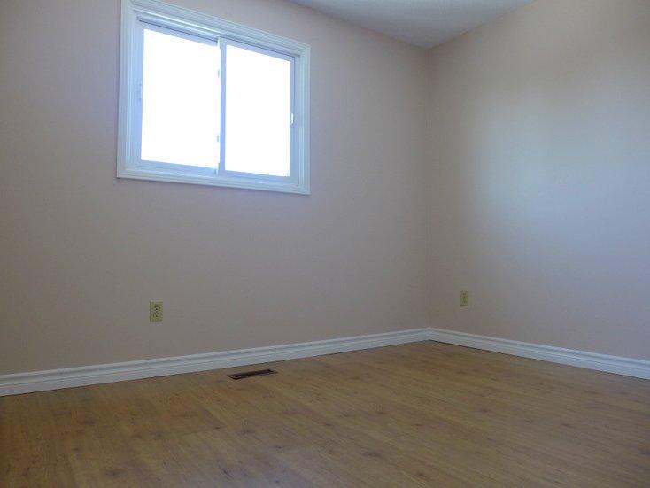 laminate, closet, bedroom