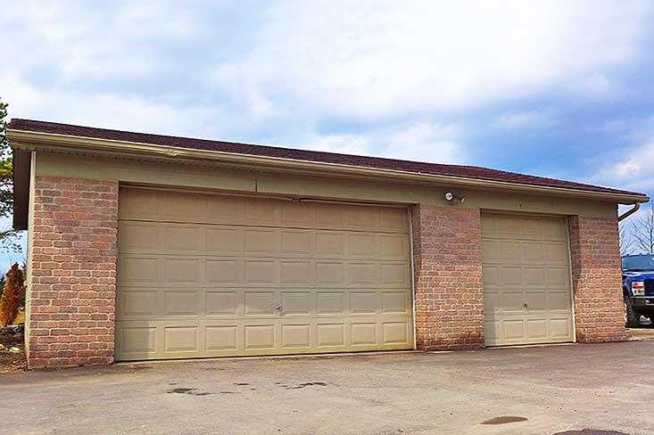 oversized, 3 car, Detached, garage, workshop