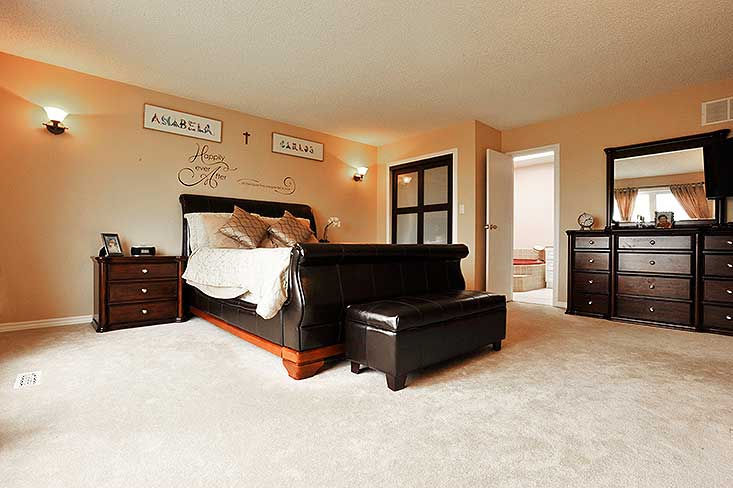 Ensuite, Master Bedroom, Carpet
