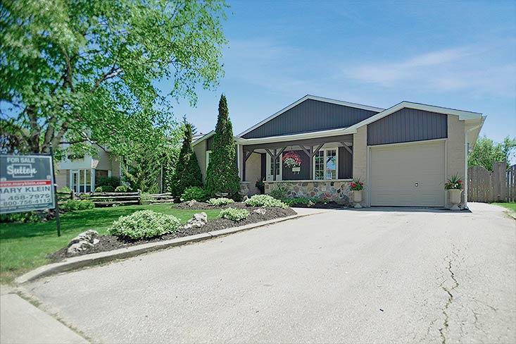 Mature Orangeville Subdivision, Home For Sale