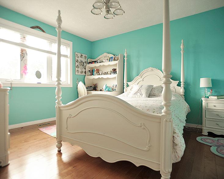 Hardwood, Closet, Bedroom