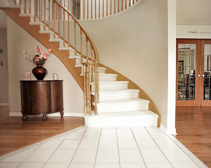 Foyer Entry, Ceramic Floors, Open Concept