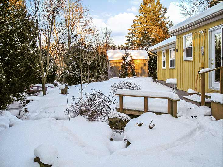 Caledon, Belfountain, bungalow for sale, Private yard