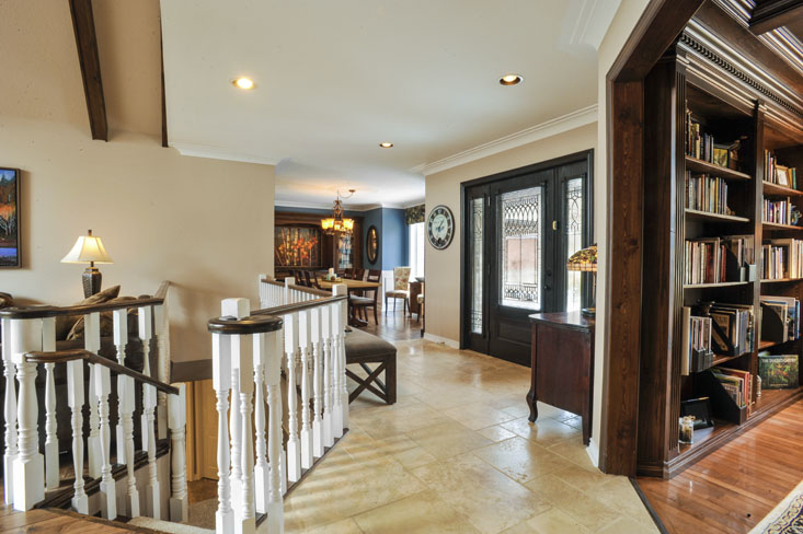 Open Concept Foyer