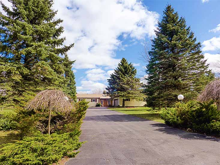 21 Birchview Drive, Caledon, Home For Sale, Mary Klein