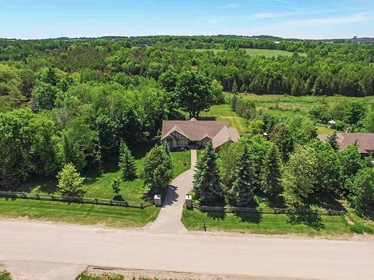 3 Bedroom bungalow for sale, hockley valley, mono, 2 acres, walkout basement