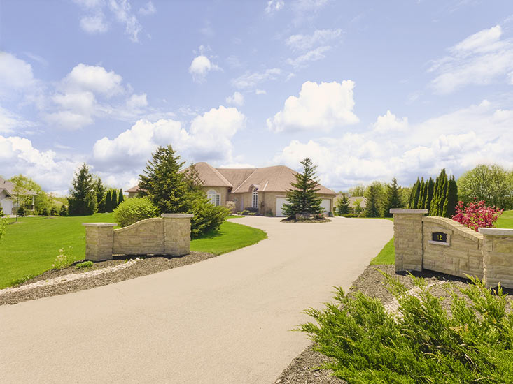 bungalow, finished basement, walk-out, nanny suite, for sale