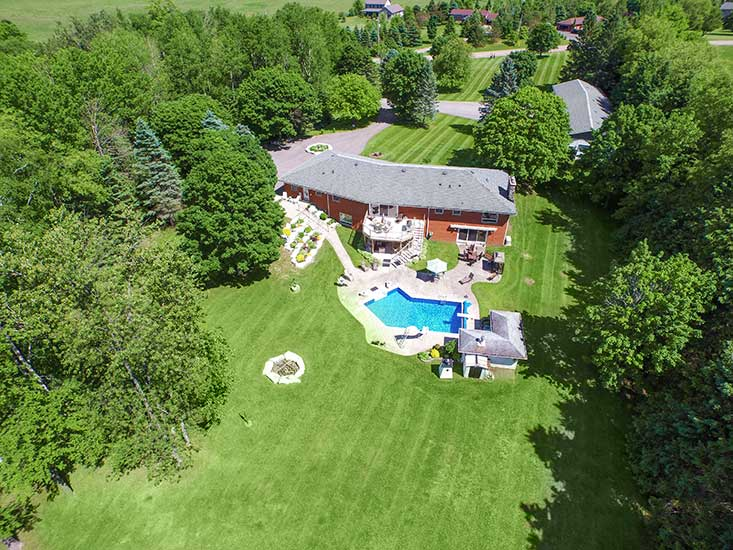 3+2 Bedroom Bungalow on 10 Acres, caledon, for sale, mary klein