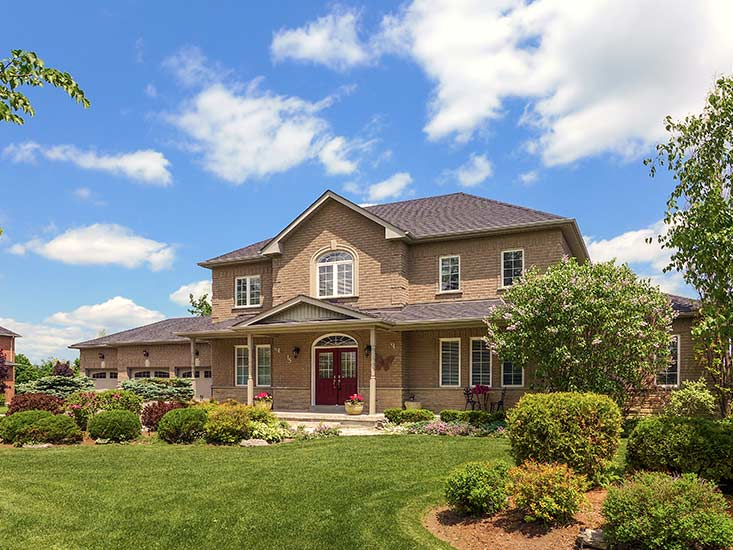 5 Bedroom Home for Sale, Caledon Village