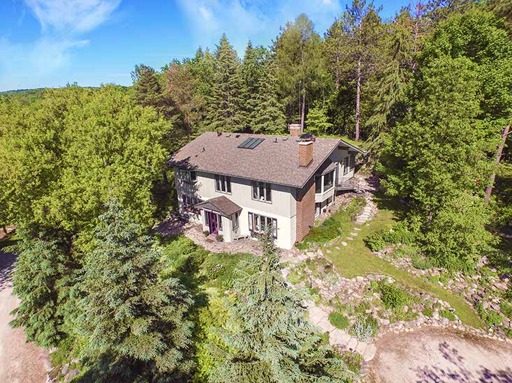 raised bungalow, for sale, Caledon, Mary klein