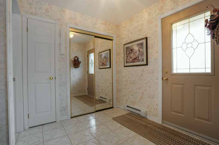 Separate Entry In-Law Nanny Suite