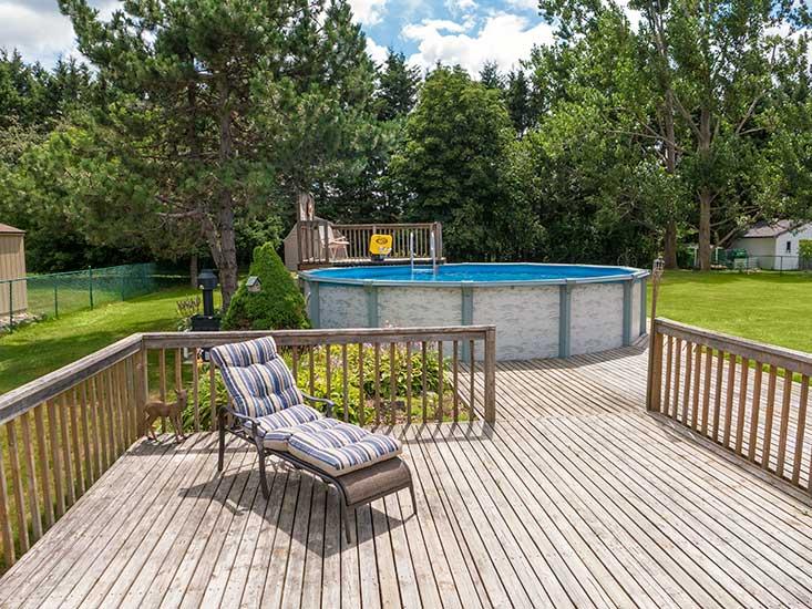 Deck, Pool
