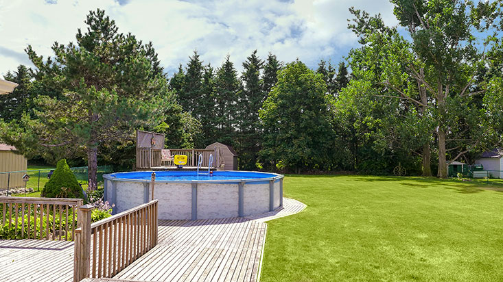pool, caledon village, mature lot, home for sale