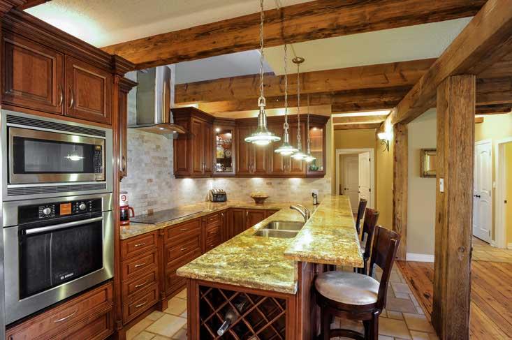 Granite, Breakfast Bar, Reno'd Kitchen