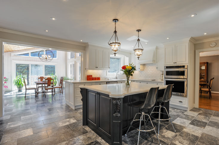 Kitchen, Marble Floors, Centre Island