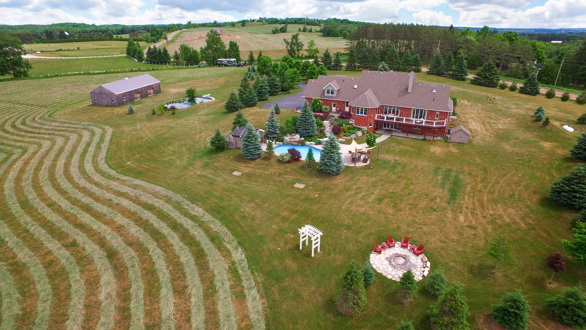 3 Bedroom Bungalow for sale, Caledon, 14.83 Acres For Sale,