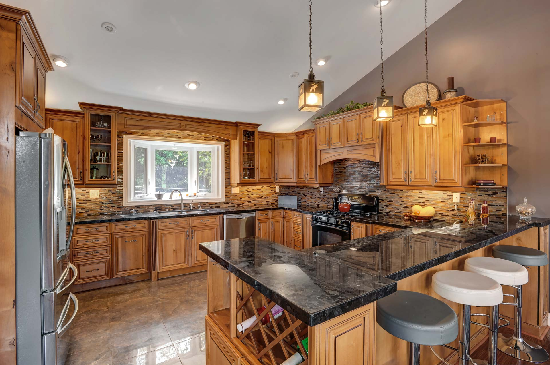 Granite Countertop, Breakfast Bar