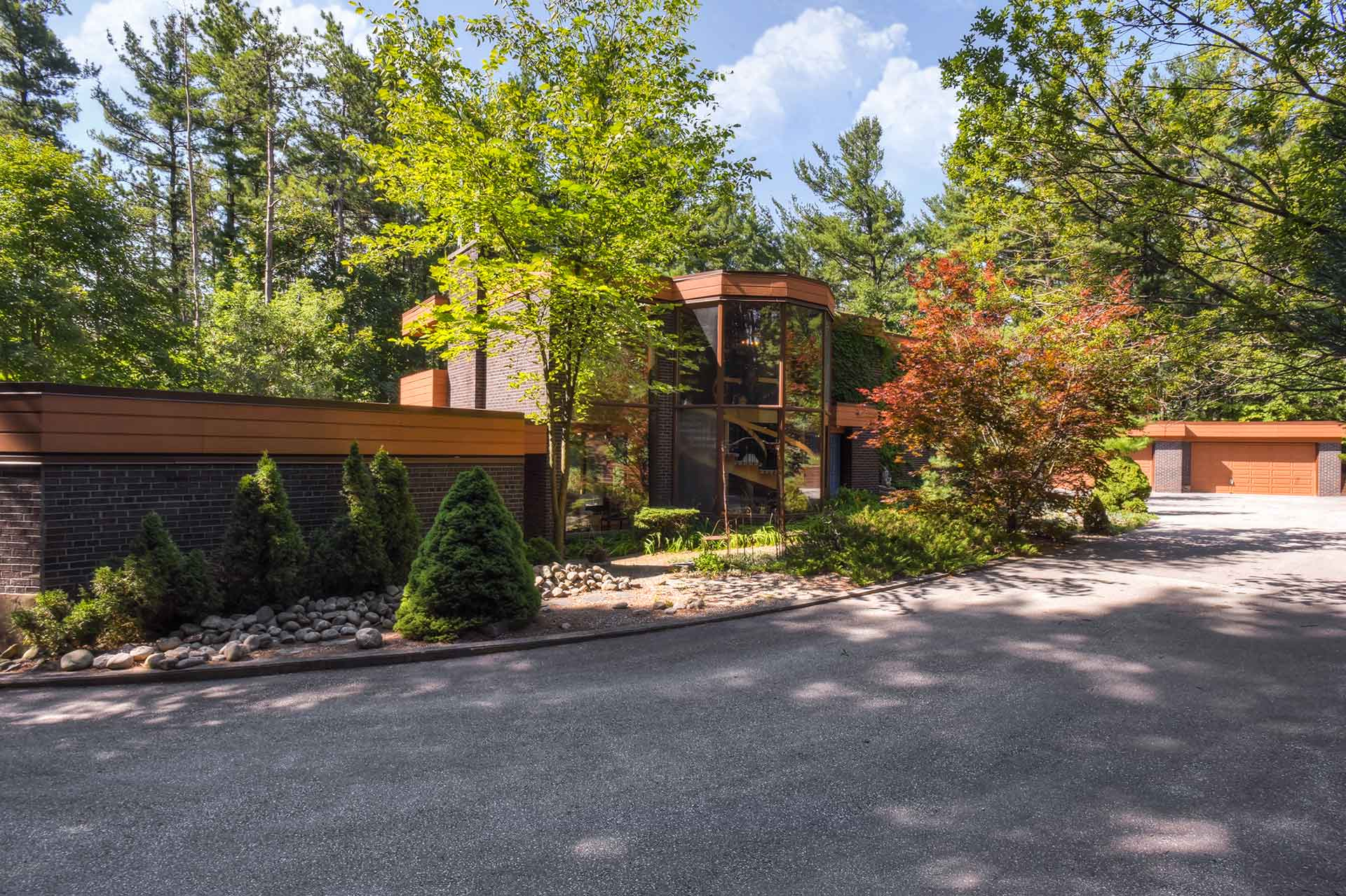 Mary klein, Old Church Road, Caledon, Home For Sale