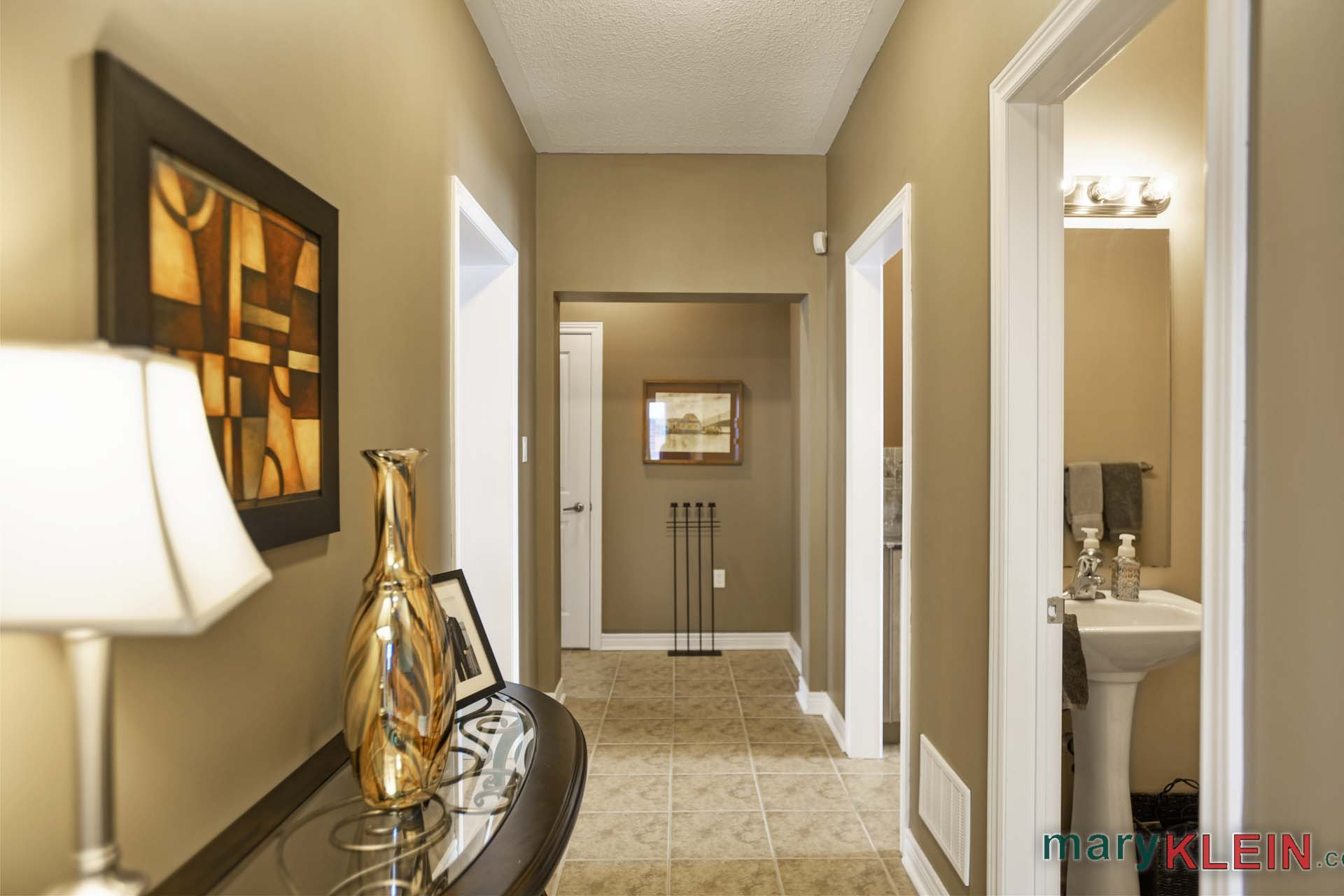 Hallway to Bedrooms