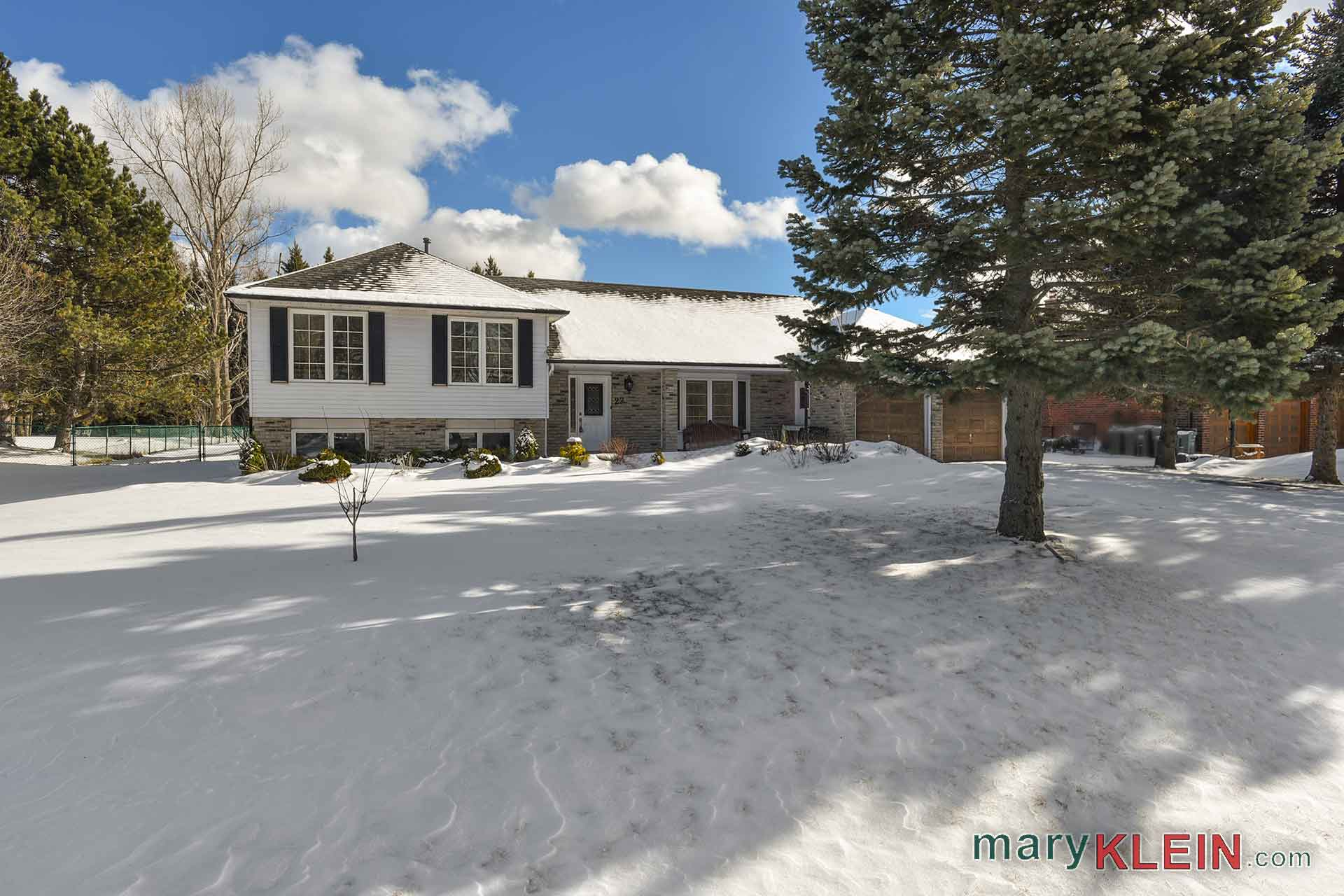 2 + 1 Bedroom Home For Sale, Caledon Village, Mary Klein
